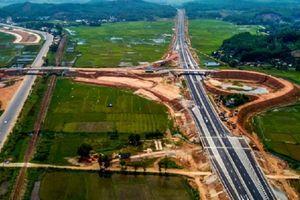 Hé lộ nguyên nhân khiến gói thầu A3 cao tốc Đà Nẵng - Quảng Ngãi sụt lún nghiêm trọng