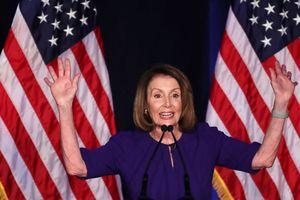 Đảng Dân chủ giành quyền kiểm soát Hạ viện Mỹ, đặt ông Trump vào 'thế khó'