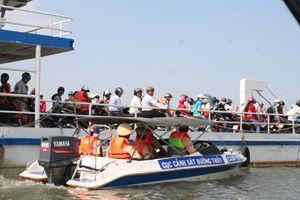 Bắt đầu đợt cao điểm xử lý phương tiện thủy vi phạm trên sông Hồng