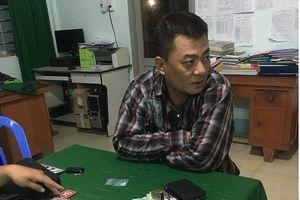 CSGT bắt đối tượng trốn truy nã, chuyển ma túy bằng xe không biển số