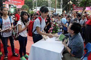 Nhà văn Nguyễn Nhật Ánh sẽ ký tặng sách cho độc giả tại Thư viện Hà Nội