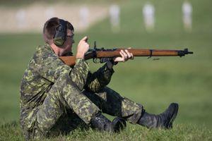 Bất ngờ, Việt Nam sản xuất khẩu súng trường nổi tiếng của Anh quốc