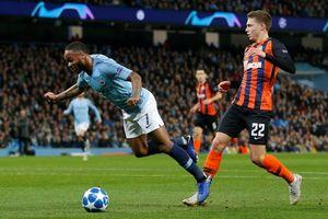 Man City 6-0 Shakhtar Donetsk: Sterling tự ngã cũng có phạt đền