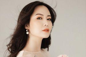 Ở tuổi 43, Hoa hậu Thu Thủy khoe vẻ trẻ trung, đẹp mong manh