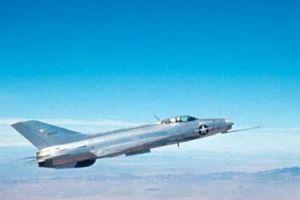 Bán máy bay cho Mỹ, Trung Quốc niềm vui chẳng tày gang