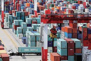 Hàng hóa Trung Quốc ồ ạt sang Mỹ trước thời điểm bị tăng thuế