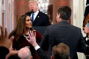 Tổng thống Mỹ đối chọi gay gắt với phóng viên trong cuộc họp báo sau bầu cử