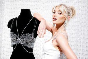 Nhan sắc nóng bỏng của Elsa Hosk - 'thiên thần nội y' diện áo ngực 1 triệu đô