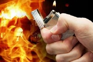 Chồng 9x tẩm xăng đốt vợ sau khi ly hôn