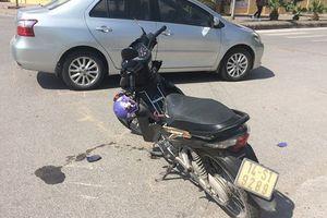 Lái xe bỏ trốn sau TNGT khiến 2 ông cháu bị thương