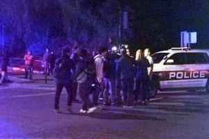 Mỹ: 13 người thiệt mạng trong vụ nổ súng tại bang California