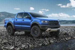 Cập nhật bảng giá xe Ford tháng 11: Siêu bán tải Ranger Raptor chính thức xuất hiện