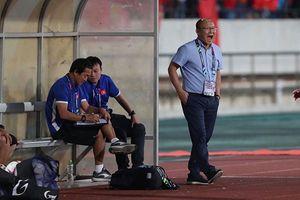 Hài lòng với trận thắng Lào nhưng HLV Park chưa ưng cách chơi của Việt Nam
