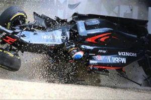 Những pha tai nạn kinh hoàng nhất trên đường đua Công thức 1