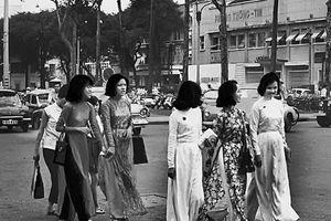 Sài Gòn hai mươi năm trước qua bút ký của một cựu binh Mỹ