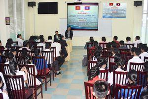 Trường Đại học Phạm Văn Đồng: Đón nhận 114 sinh viên các tỉnh Nam Lào nhập học