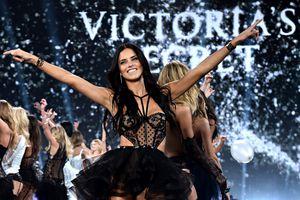 Thiên thần Adriana Lima nói lời chia tay Victoria's Secret?