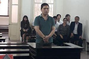 Lĩnh án 7 năm tù vì lừa chạy học vào các trường công an