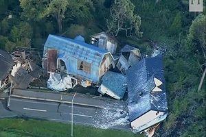 Xem những hình ảnh động đất hãi hùng tại Nhật Bản