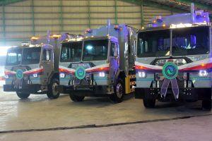 VWS trao tặng 6 xe rác thân thiện môi trường cho TPHCM, Long An, Kiên Giang