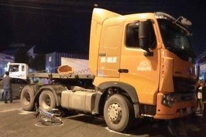 Xe tải tông xe máy chở ba, 3 người tử vong