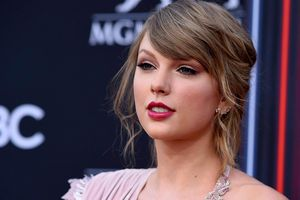 'Reputation Stadium Tour' giúp Taylor Swift lập kỷ lục trong 10 năm