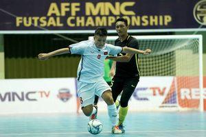 Dứt điểm kém, tuyển futsal VN thua trên chấm luân lưu trước Malaysia