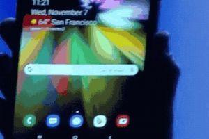 Smartphone gập của Samsung khiến các đối thủ 'mất ngủ'