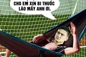 Ảnh chế thủ môn Đặng Văn Lâm tràn ngập sau trận Việt Nam thắng Lào