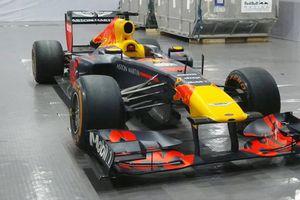 Cận cảnh xe đua F1 giá gần 200 tỷ đồng tại Việt Nam