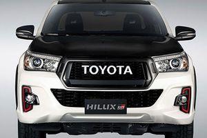 Bán tải Toyota Hilux GR Sport mới có gì đặc biệt?