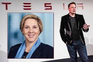 Tỷ phú Elon Musk chính thức rời 'ghế nóng' Tesla sau loạt bê bối