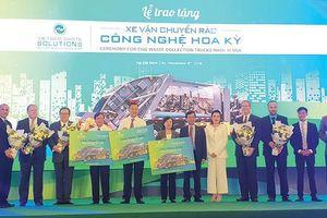 Việt Nam nhập nhiều xe chở rác từ Mỹ