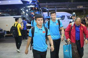 Tuyển Việt Nam về nước, chuẩn bị quyết đấu Malaysia