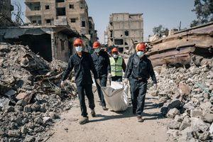 'Phát hoảng' số người chết ở Raqqa, Syria mà Nga tố liên quân Mỹ là thủ phạm
