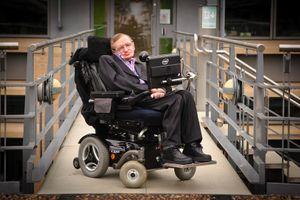 Đấu giá các món đồ 'độc' của ông hoàng vật lý Stephen Hawking