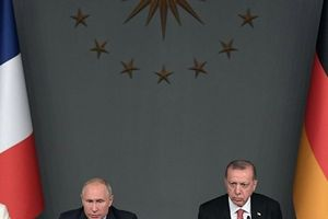 Tình hình xoay chuyển khó lường, Nga rốt ráo bảo vệ 'di sản' ở Syria