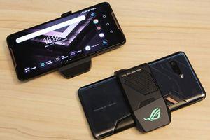 Clip: Mở hộp smartphone gaming của Asus, giá gần 26 triệu