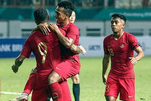 ĐT Indonesia cấm cầu thủ ăn bánh quy ở AFF Cup