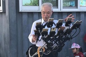 Gặp gỡ ông lão 70 tuổi người Đài Loan có biệt danh 'ông chú Pokemon', sử dụng tới 11 chiếc điện thoại cùng lúc để chơi 'Pokemon Go'