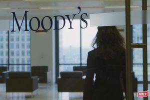 Vì sao Moody's điều chỉnh triển vọng hệ thống ngân hàng Việt Nam từ 'tích cực' sang 'ổn định'?