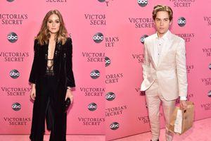 Victoria's Secret Fashion Show 2018: Dàn sao và nhà thiết kế đình đám khoe sắc trên thảm hồng