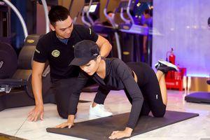 Hoa hậu H'Hen Niê nóng bỏng tựa thiên thần trong phòng Gym