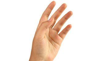 Đường chỉ tay trên ngón út đảm bảo 'lộc lá' thăng hoa, số hưởng cả đời