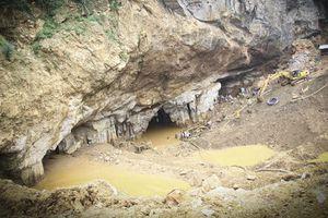 Vụ sập mỏ vàng tại Hòa Bình: Có hay không chủ bưởng vàng được 'chống lưng'?