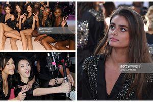 Ảnh hậu trường hiếm hoi của show Victoria's Secret 2018 - Dàn thiên thần thuần khiết ngoài sàn diễn