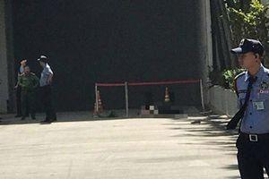 TP.HCM: Người đàn ông rơi từ tòa nhà xuống đất tử vong