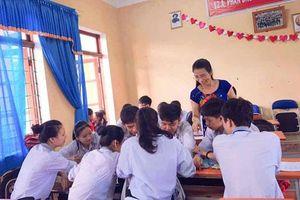 Những người đưa đò tâm huyết, vạn học sinh biết, ngàn phụ huynh quý ở Quảng Bình thân thương
