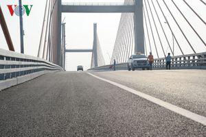 Tốn thêm bao nhiêu chi phí để bù vênh mặt cầu Bạch Đằng?