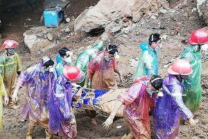 Đã tìm thấy 1 thi thể trong vụ khai thác vàng tại khu vực hang Cột Cờ